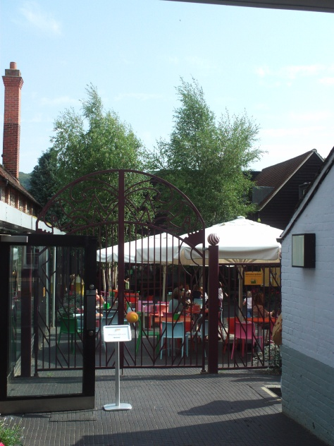 The courtyard. Recognise those gates?